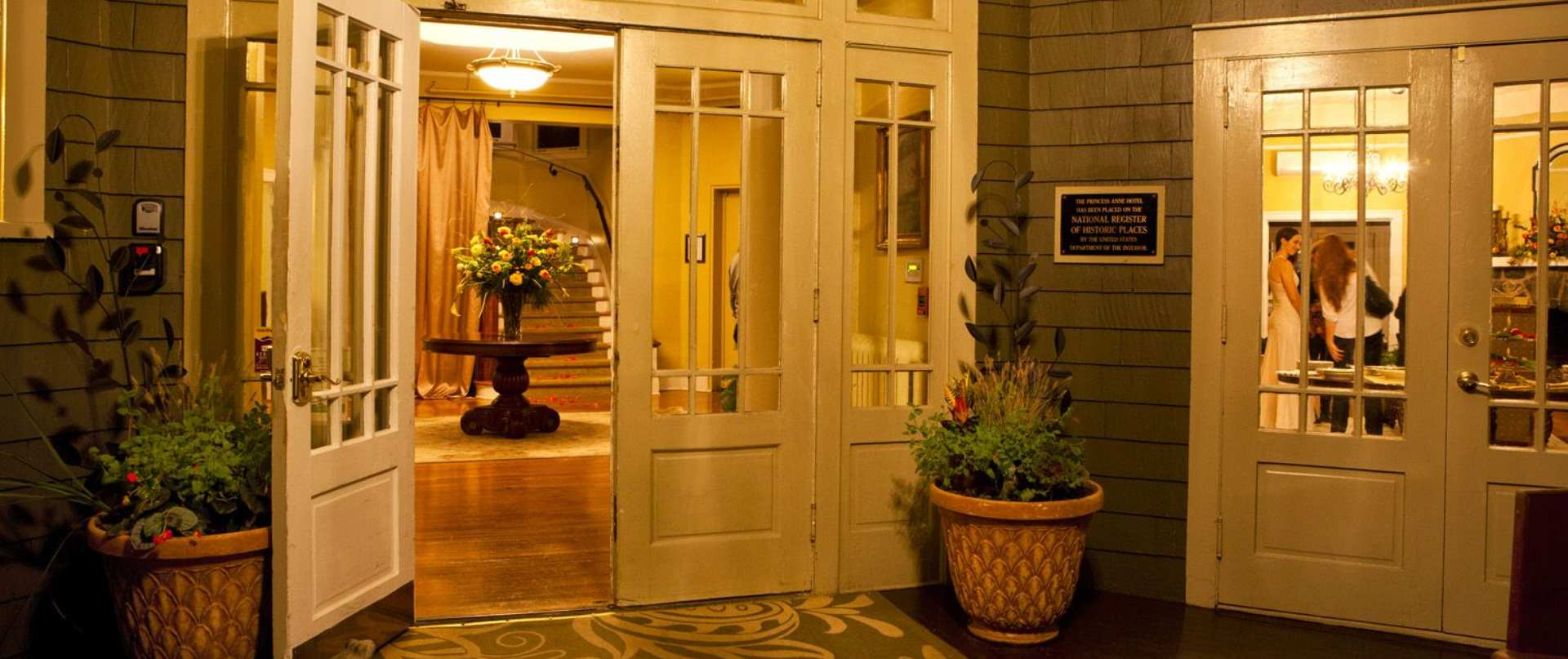 princess anne hotel asheville nc guest house historic. Black Bedroom Furniture Sets. Home Design Ideas